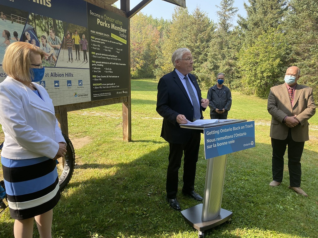 RED announcement by Minister Ernie Hardeman with Minister Sylvia Jones and Mayor Thompson